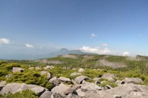 中山から蓼科山の展望