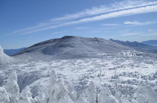 北横岳の登りで景色が開ける