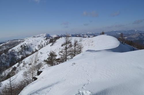八子ヶ峰の稜線歩き