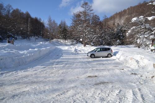 八ヶ岳すずらん峠の駐車場