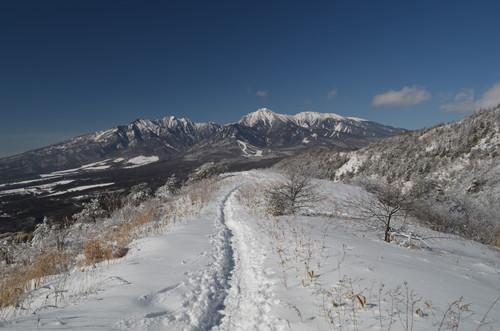 飯盛山への稜線