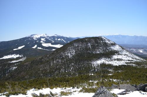 縞枯山展望台より南八ヶ岳方面の眺め
