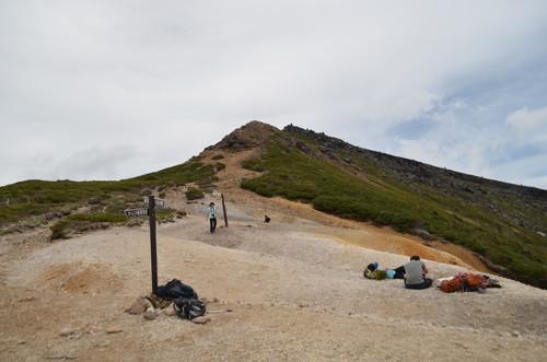 赤岩の頭から見る硫黄岳