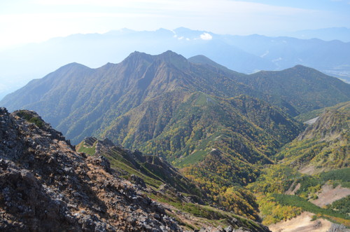 赤岳山頂から見る権現岳