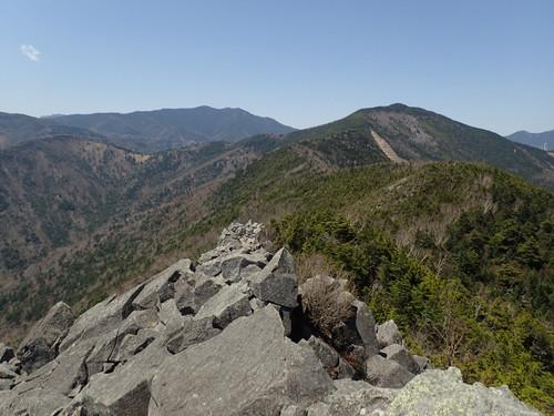 乾徳山山頂からの展望