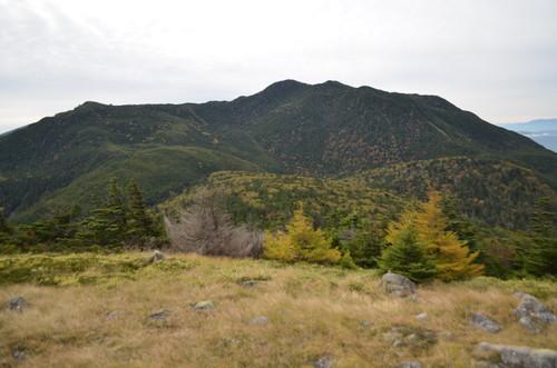 双子山山頂から見る北横岳