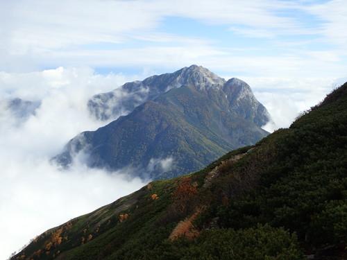 小仙丈ヶ岳から付近から見る甲斐駒ヶ岳