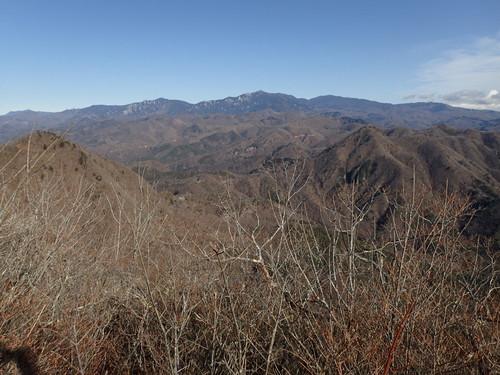 茅ヶ岳山頂から見る奥秩父