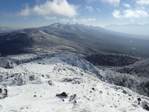 北横岳南峰から見る南八ヶ岳の山々