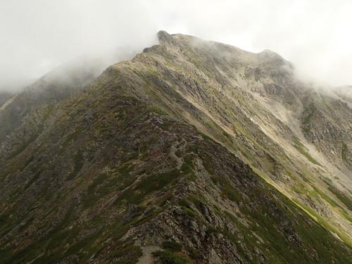 三峰岳山頂から間ノ岳方面